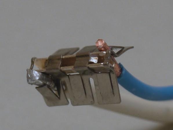 Also verbinden wir Kupfer mit Aluminium.